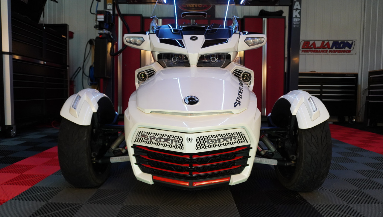 F3 upper front grill Pearl White with Spyder Ryder logo chrome letters and 18 piece Viper red set