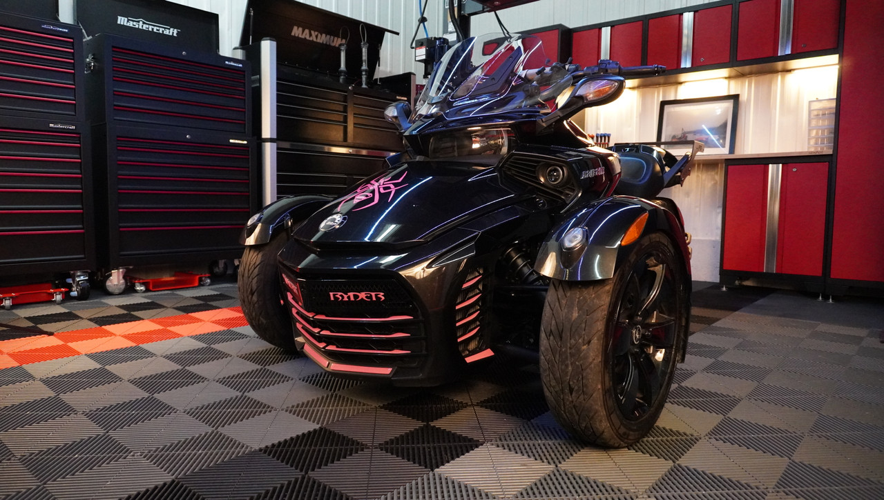 F3 Glossy Black Upper front grill - Spyder Ryder logo - 18 pcs Pink set (Fits F3S-F3T-F3LTD) Not for F3 Base Model and Sports Grill