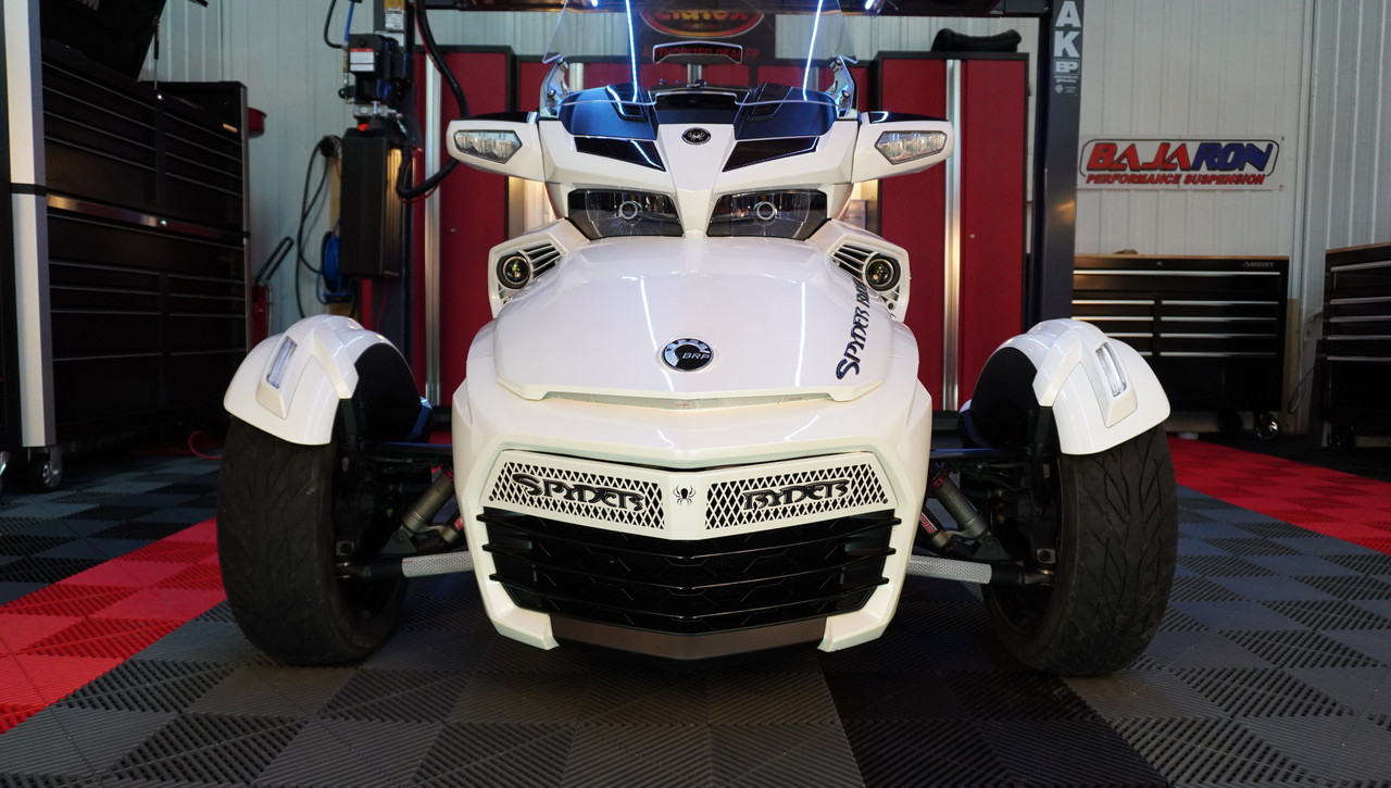 F3 White Upper front grill with Spyder Ryder logo (Fits F3S-F3T-F3LTD) Not for F3 Base Model and Sports Grill