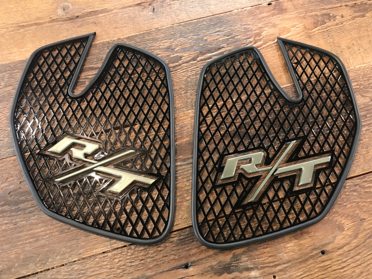 RT Front Grills - 2020 and up - 2 RT logos  - Glossy Black with Highland Green letters
