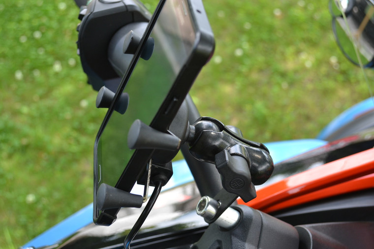 """X Grip with single USB Charger -  Bolt - Arm - 1""""ball (Fits all year-models)"""