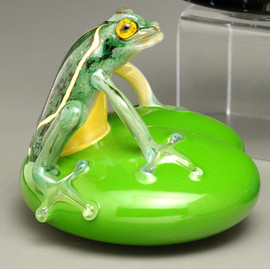 Green Frog on Lily Pad, Glass Frog figurine, by Glass Artisan Chris Sherwin , 3-4""