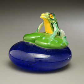 Green Frog on Lily Pad over Water, glass frog figurine, glass frog sculpture, 3-4""