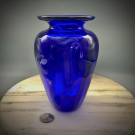 Cobalt Swirl Optic Vase, handmade using traditional glassblowing techniques in Vermont at glassblowing studio Sherwin Art Glass by glass artisan Chris Sherwin