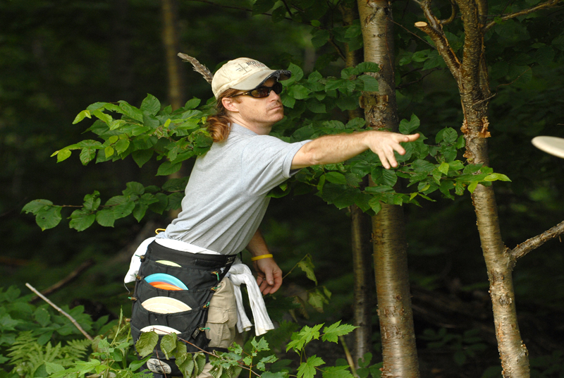 chris-putting-at-sugarbush-open2009-bc-web.jpg