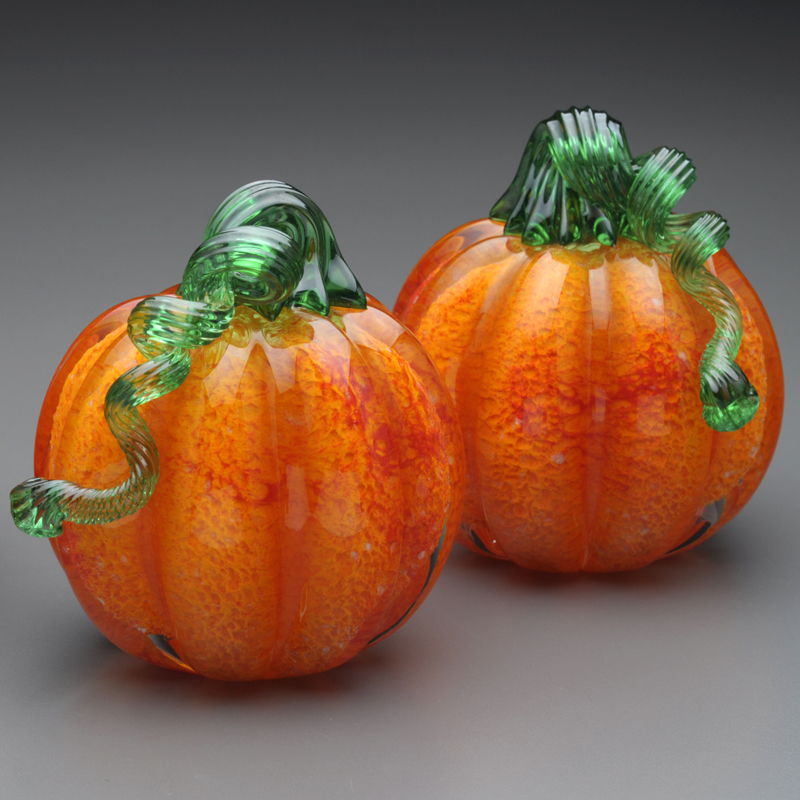 glass-fruit-glass-pumpkin-made-in-vermont-red-splash-pumpkins-green-stem-bc-web.jpg