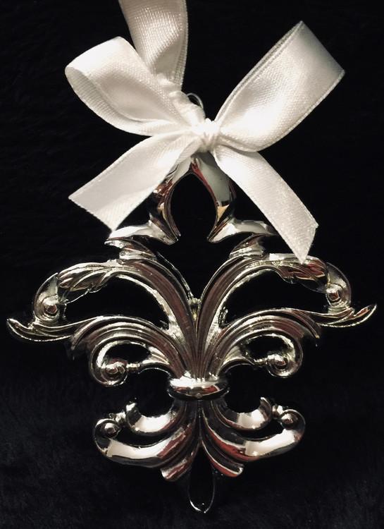 Chrome Fleur de lis Ornament