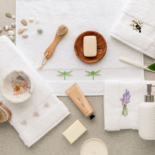 Embroidered Hand Towel Gift Set by Baksana