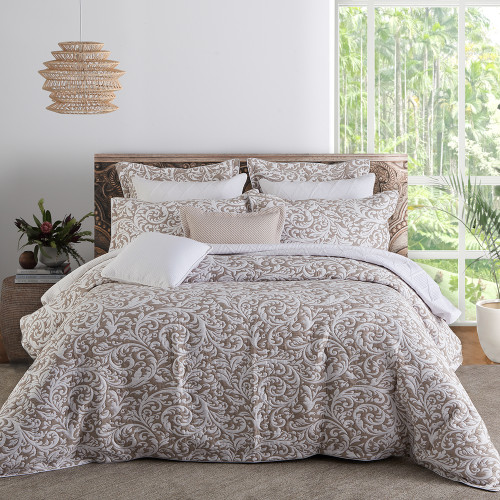 Harlow Linen Duvet Cover Set by Private Collection