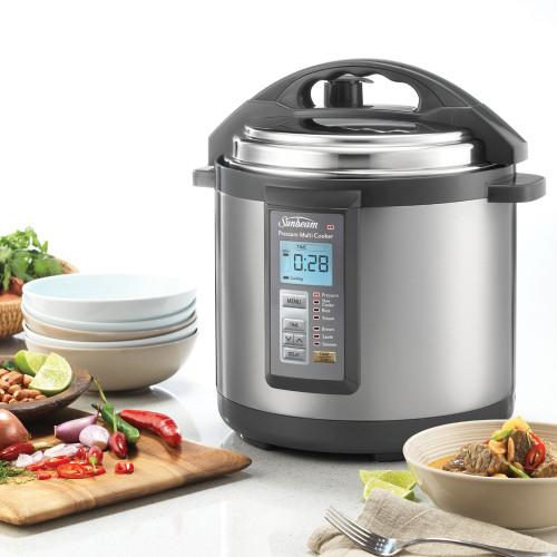 Aviva Pressure Cooker by Sunbeam PE6100