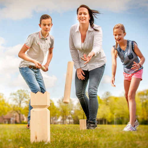 Wooden Kubb Set by easy days