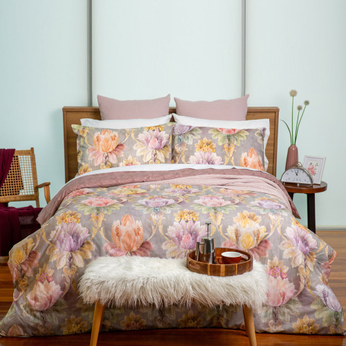 Aida Duvet Cover Set by Baksana