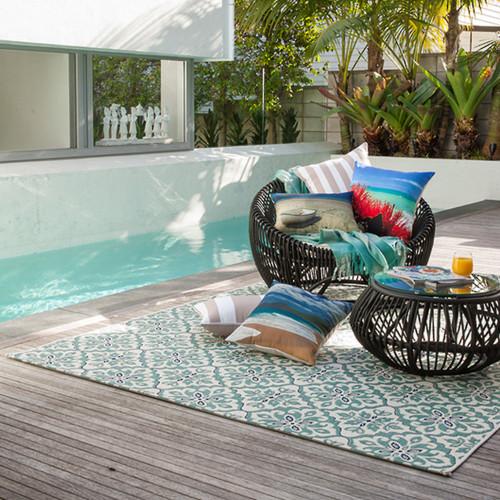 Hauroko In & Outdoor Floor Rug by Limon