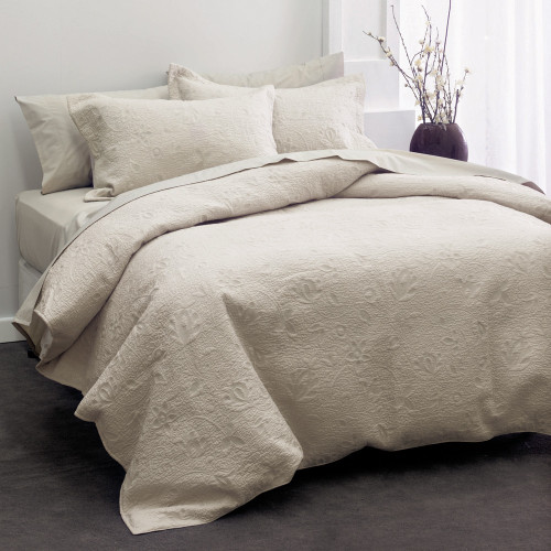 Chantel Moonbeam Throwover Bedspread Set by Savona