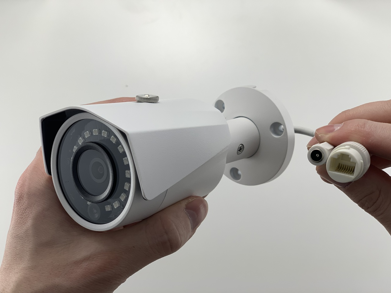 Bullet POE IP Security Camera with CAT5/5