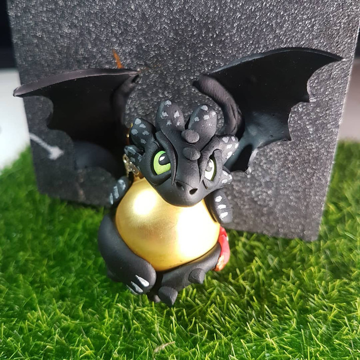 Toothless Dragon Ornament Gold