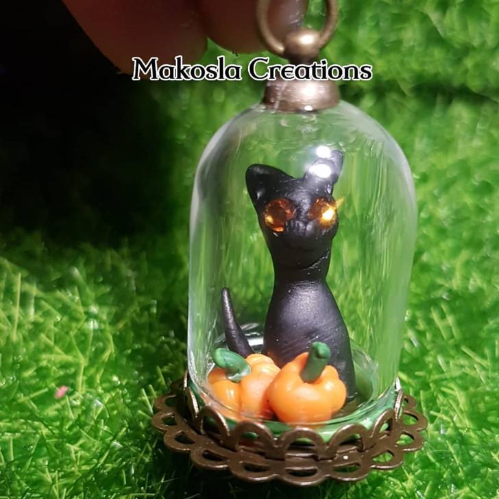 Cat Pumkin Terrarium Pendant