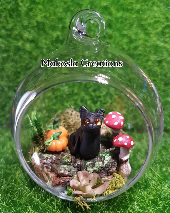 Forest Mushroom Kitty Terrarium Ornament