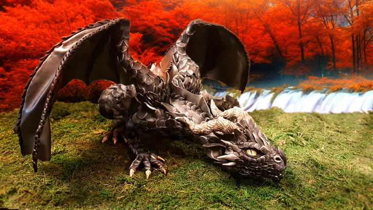 Big Dragon Croutching