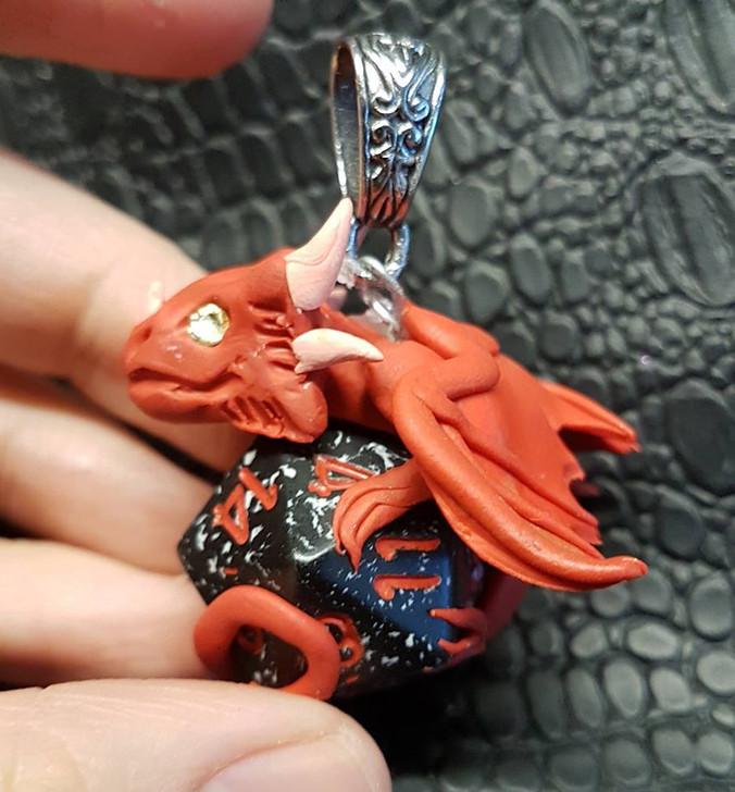 Red Dragon Pendant D20