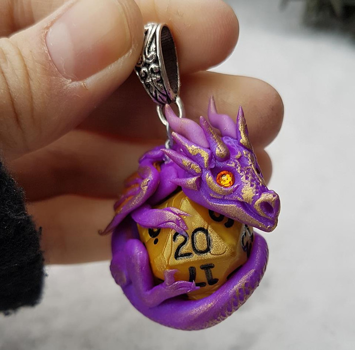 Purple Dragon Pendant D20