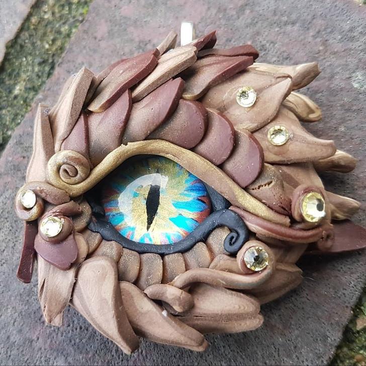 Wooden Colors Dragon Eye Pendant