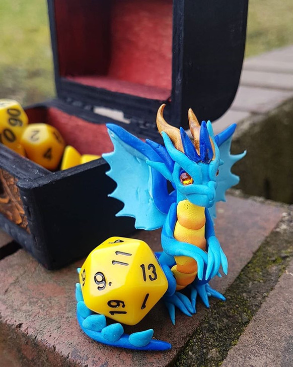 Dragon Guardian with Dice & Chest 7