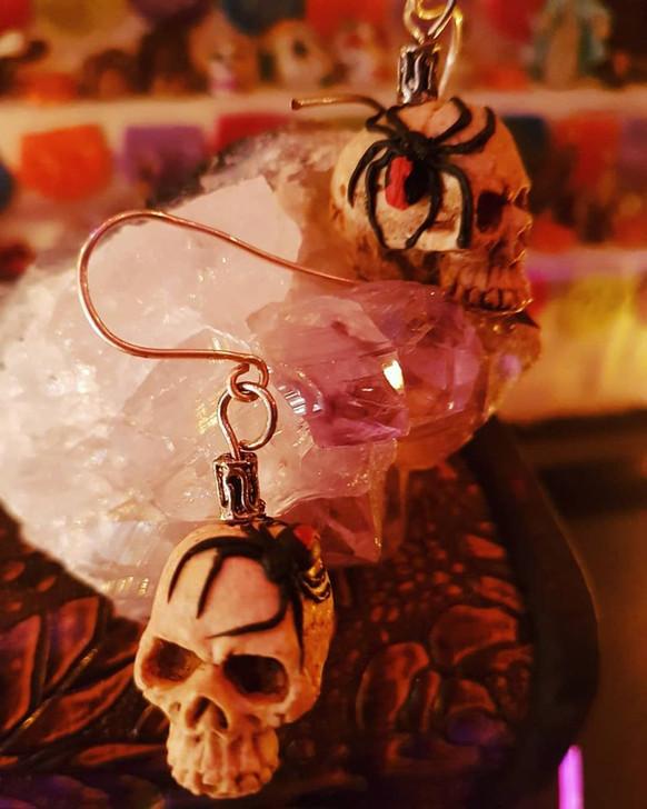 Black Widow Skulls Earrings