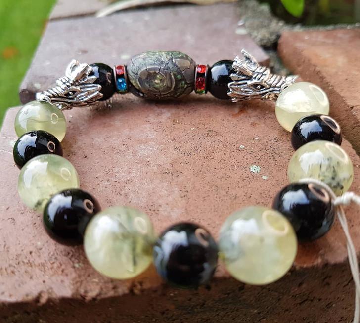 Prehenite, Tibetan Stone, Onix Bracelet (M)