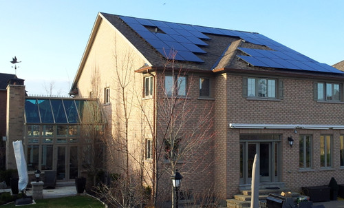 Our string-inverter systems are the most economical way for to profit from the sun!