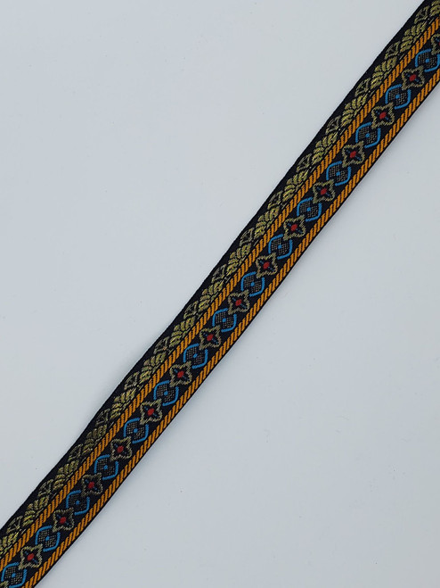 Trim: black/gold pattern