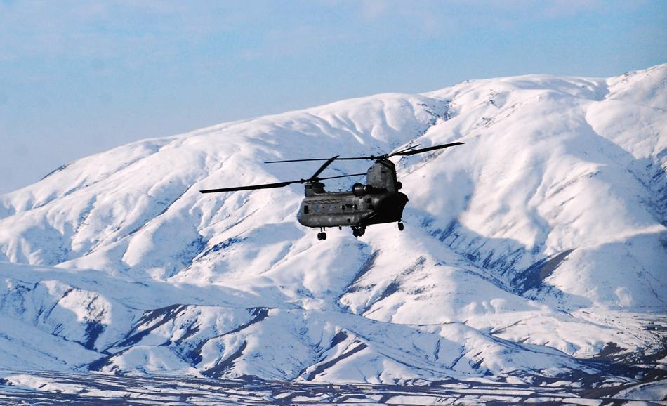 ch-47-chinook-afghanistan-12-2013.jpg