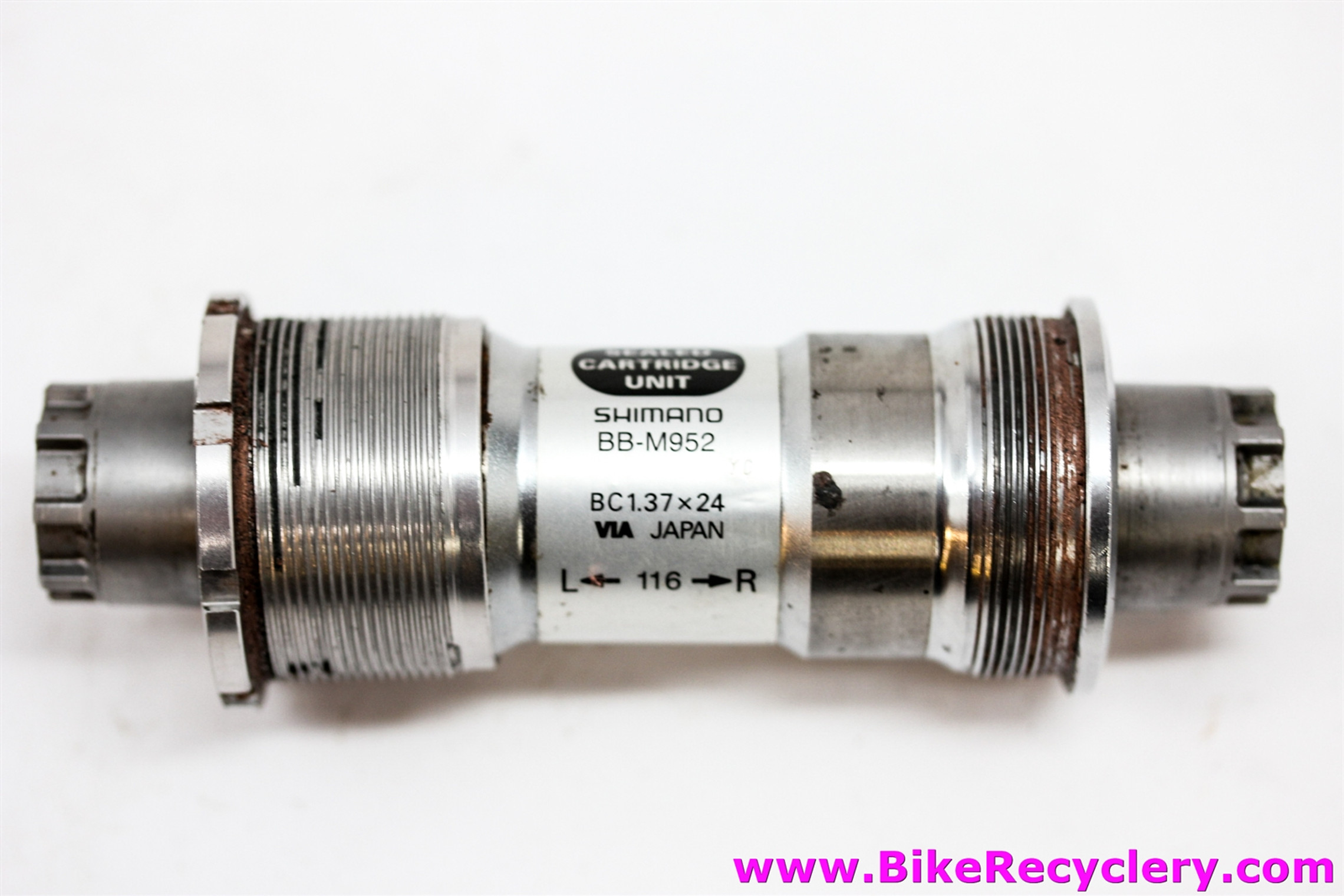 Shimano XTR BB-M952 Bottom Bracket: Octalink V1 - 116mm (MINT)
