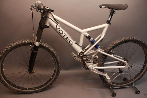 RARE Votec Mountain Bike: late 1990's Period Correct- Kooka, XTR, Large Frame