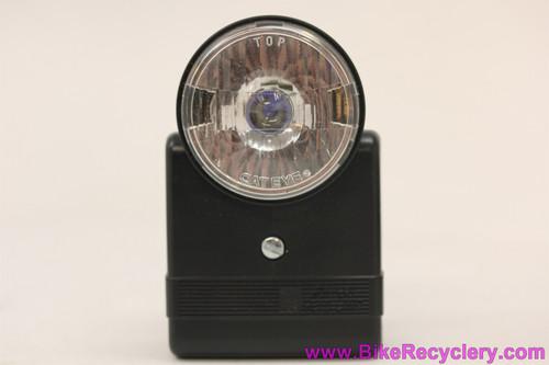 NIB/NOS Cateye HL-700 Battery Headlamp: Vintage 1980's?