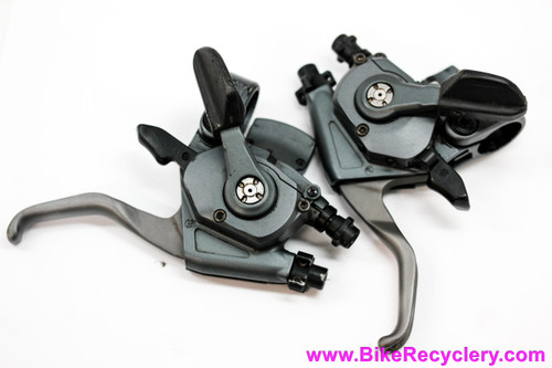 Shimano XTR ST-M951 8-speed Rapidfire Shifters / Brake Lever Combos: 3x8 (EXC+)