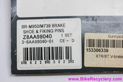 NIB/NOS Vintage XTR V-Brake Pad Inserts: For Ceramic Rims - BR-M950 / M952 / M737 / M739 (One Pair)