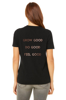 #SYNSQUAD Black Relaxed V-Neck