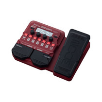 Zoom B1X FOUR Bass Guitar Multi-Effects Processor with Expression Pedal - Battery Powered