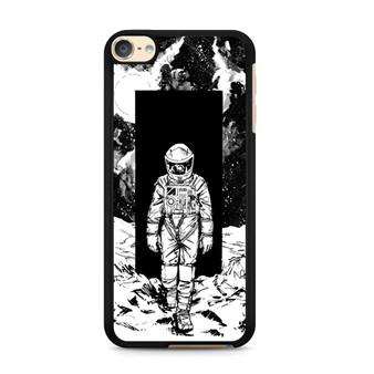 A Space Odyssey 2001 Drawing iPod Touch 6 Case