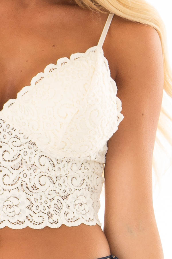 Ivory Floral Lace Thick Band Bralette detail