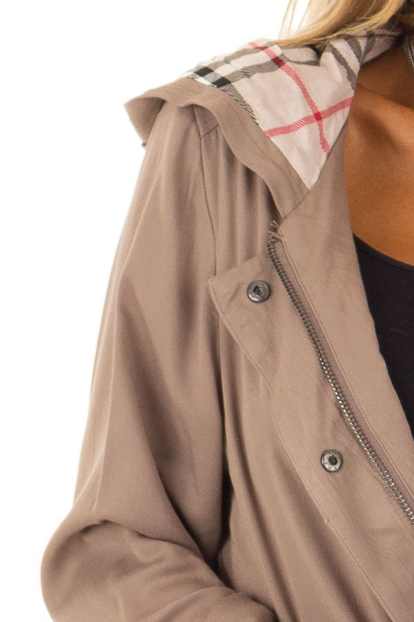 Dusty Olive Lightweight Jacket with Plaid Lining and Hood detail