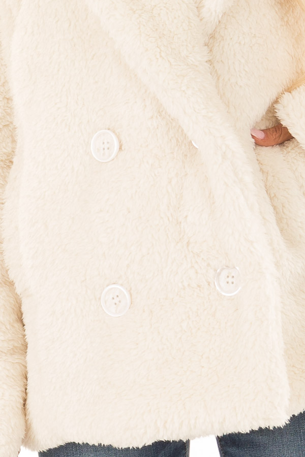 Ivory Oversized Faux Fur Coat with Pockets detail