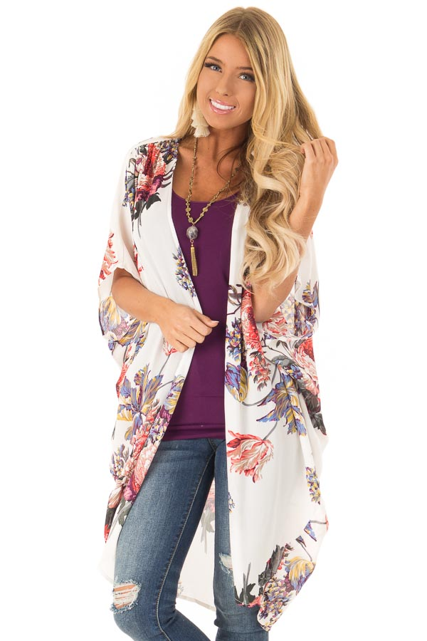 5a4bb325c Ivory Floral Kimono with Cocoon Hem and Pleated Shoulders front close up