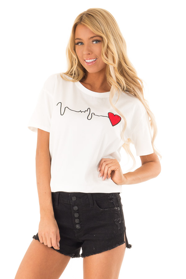 Ivory Short Sleeve Heart Beat Embroidery Tee front close up
