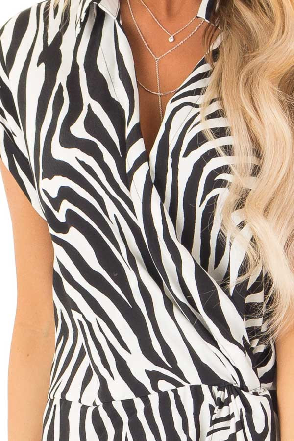 Black and White Zebra Print Collared Short Sleeve Top detail