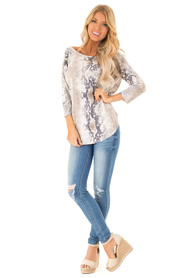 692e3ff96183e3 Taupe Snake Skin 3/4 Sleeve Top with V Back and Twist front full body