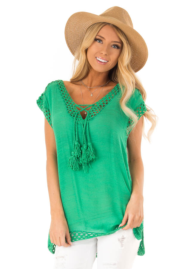 af8bf603e4a3 Kelly Green Short Sleeve Top with Crochet Trim and Tassels front close up