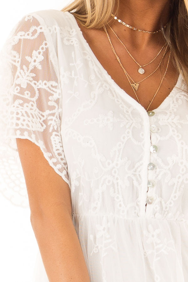 Porcelain Babydoll Short Sleeve Top with Lace Overlay detail