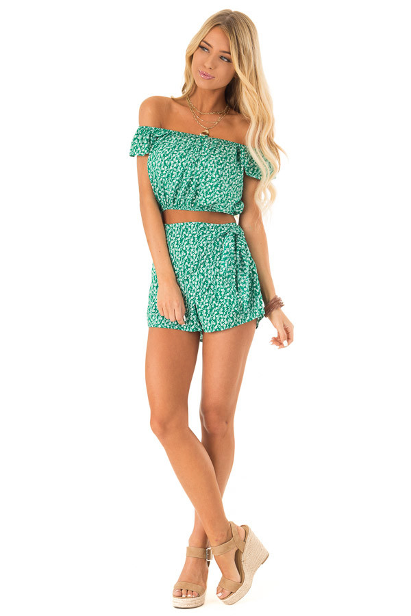Kelly Green Floral Print Top and Shorts Two Piece Set front full body